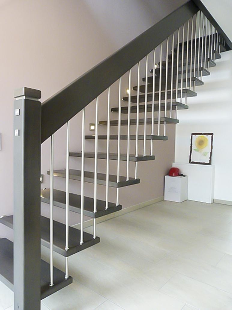 u.n.e. - fertighäuser - treppen